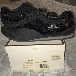 Sz 10 Coach shoes